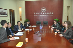 Table discussion with Dean Han and Vice Dean Wang at Renmin School of Law